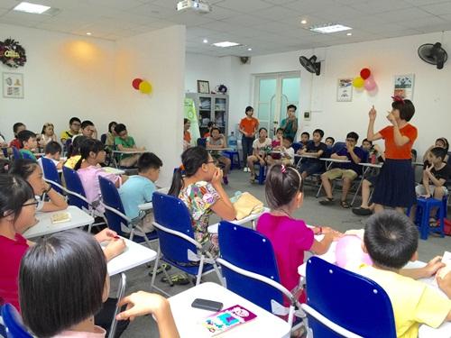 """Liên kết với Nhóm tư vấn tài chính cá nhân Việt Nam – Đại học kinh tế – Đại học quốc gia trong Dự án đào tạo kỹ năng """"Tài chính cá nhân cho trẻ em"""""""