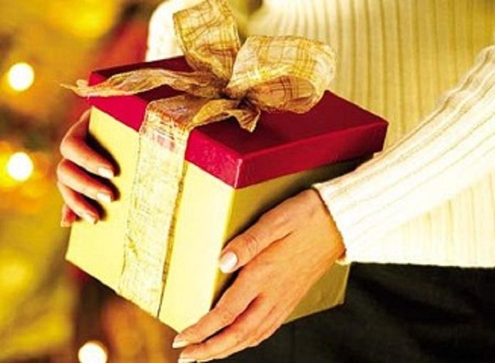 Thuế và hóa đơn liên quan đến biếu tặng bánh Trung thu 2018