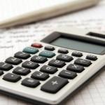 Khoản chi 30/04 và 01/05 có được trừ? Có tính thuế TNCN? Hạch toán thế nào?